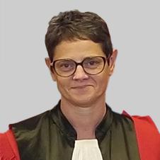 Mme Pascale Martin-Bidou, maître de conférences en droit public - Université Paris 2 Panthéon-Assas